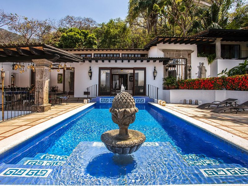 Hacienda Maria Elena-Panoramico-Dream come true, holiday rental in Boca de Tomatlan