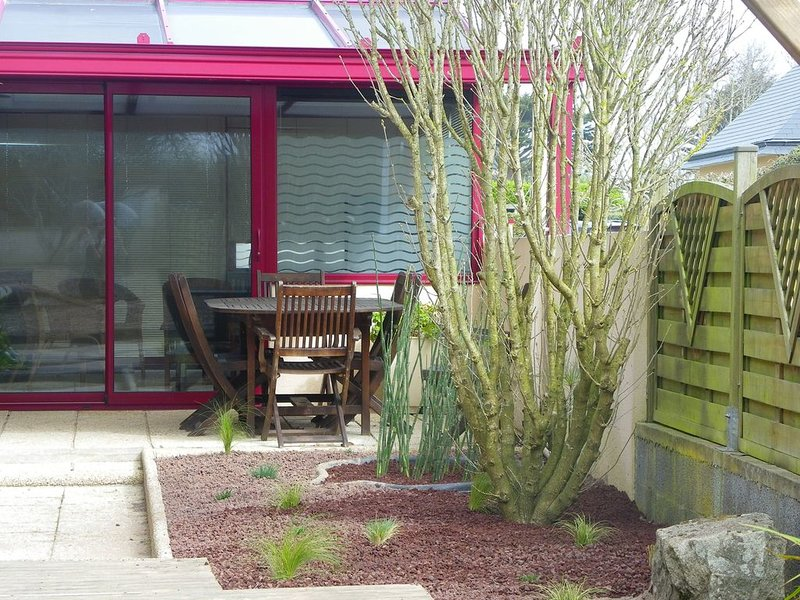 Ti An Heol - Maison bord de mer - PAYS DES ABERS, holiday rental in Plouguerneau