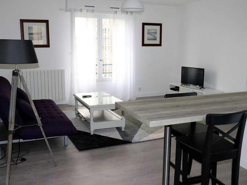 LE NEVEZTELL - BEL APPARTEMENT A NOUVOITOU, holiday rental in Poligne