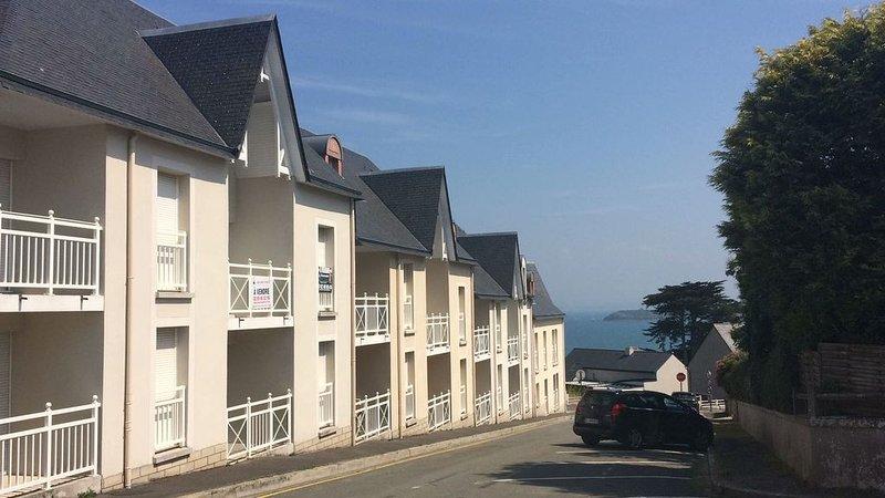 Appartement 4/5 personnes, plage, port, commerces à pied, emplacement idéal !, alquiler vacacional en Saint-Cast le Guildo