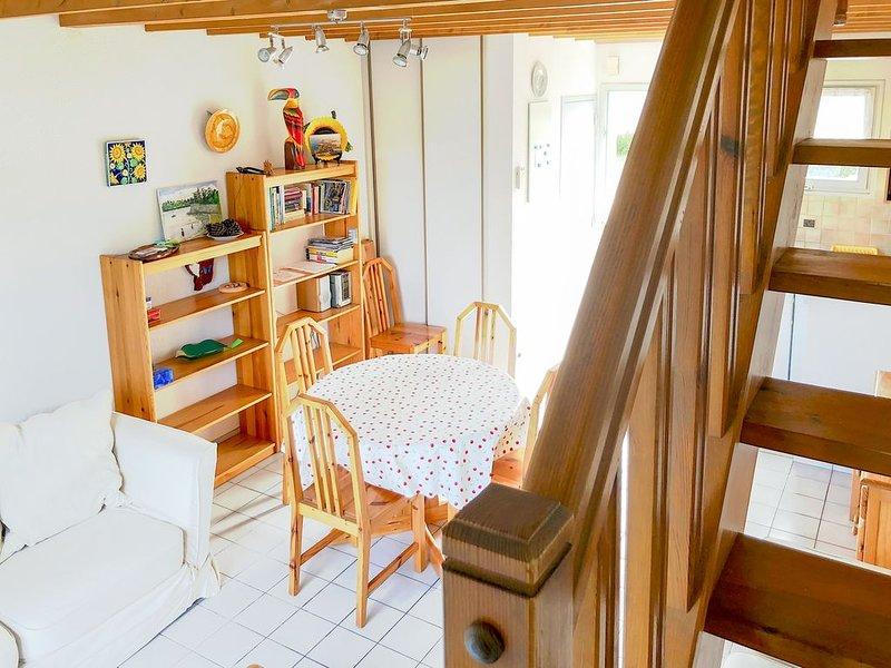 Charmante maison tout près des plages et avec vue sur la campagne, aluguéis de temporada em Saint-Malo