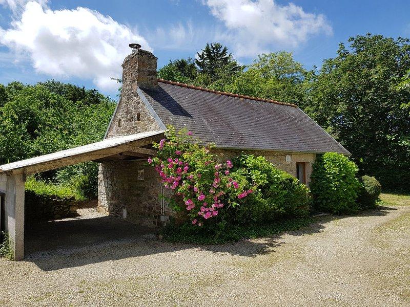 Breizh Sweet Home Cottage, location de vacances à Landudec