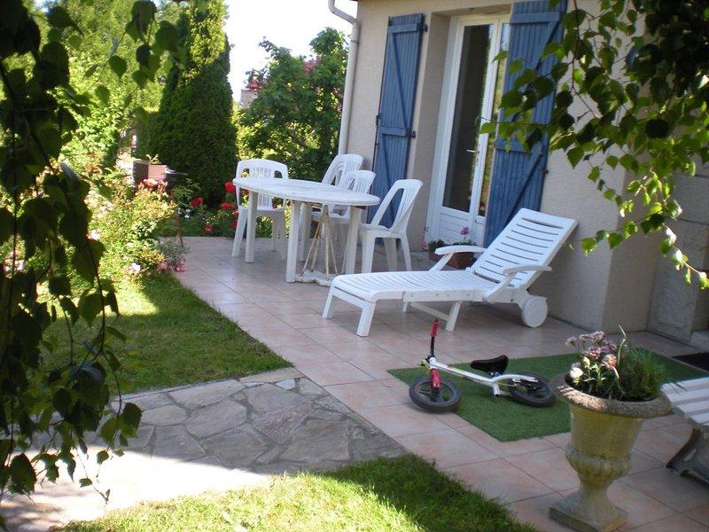 JOLIE MAISON BRETONNE PROCHE DE DINARD, holiday rental in Pleslin-Trigavou
