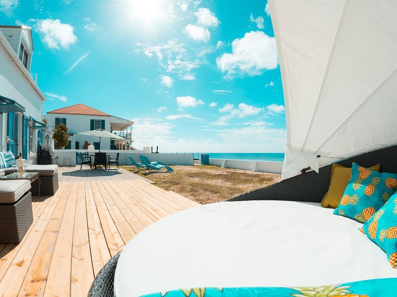 Private 2 bedroom home on beach - Grand Turk Island in Turks and Caicos – semesterbostad i Grand Turk