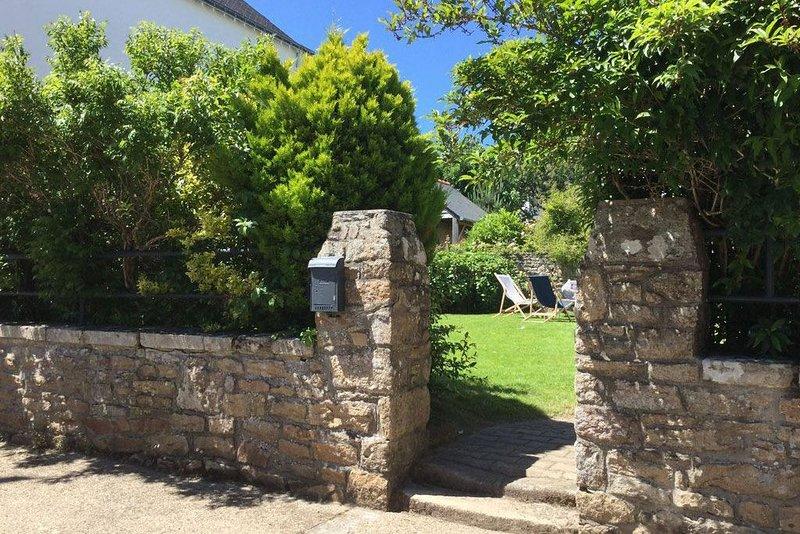 Saint Philibert - Jolie Maison Bretonne sur Jardin Clos., aluguéis de temporada em Saint-Philibert