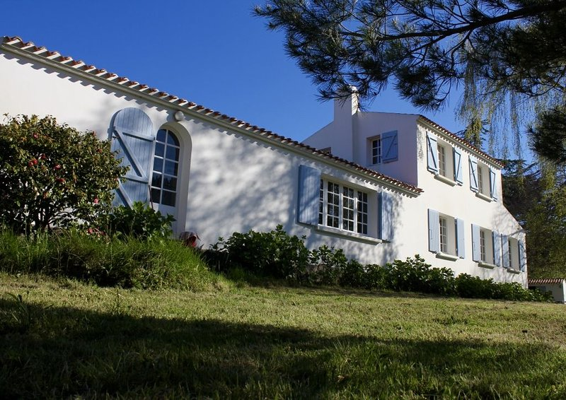 Belle maison familiale au calme, holiday rental in Ile d'Yeu