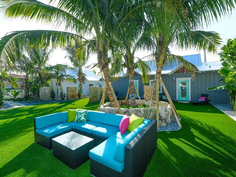 Amazing Villa at new Islands West Resort! Close to beach with pool!, holiday rental in Holmes Beach