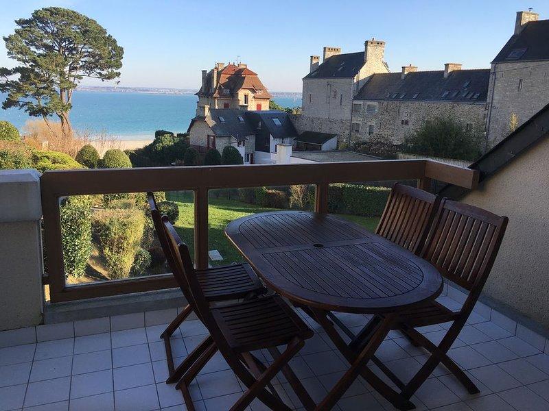 joli appartement T2 pleine vue mer et jardin, alquiler vacacional en Saint-Cast le Guildo