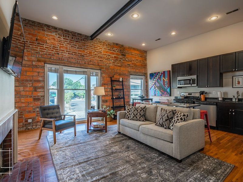 The Short North Retreat - Private Parking, holiday rental in Westerville