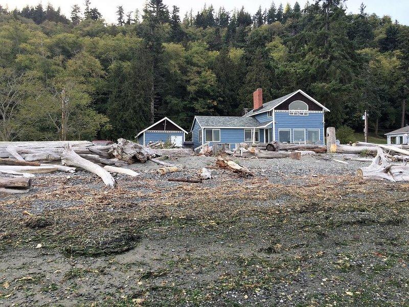 Anchors Away, Whidbey Island Beachfront Getaway, alquiler vacacional en Edmonds