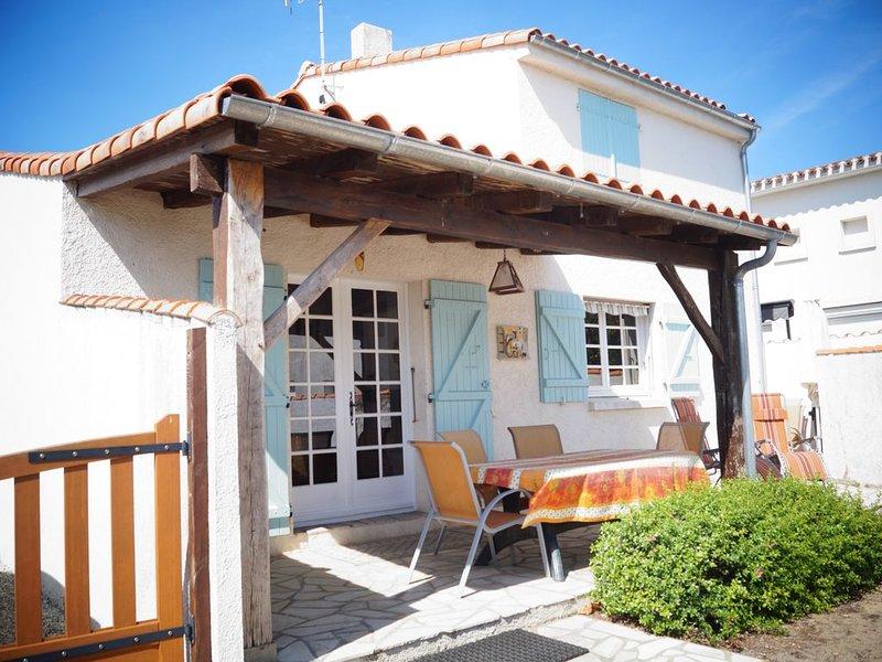 Maison 6/8 personnes à l'Aiguillon sur Mer avec jardin clos, aluguéis de temporada em Saint-Denis-du-Payre