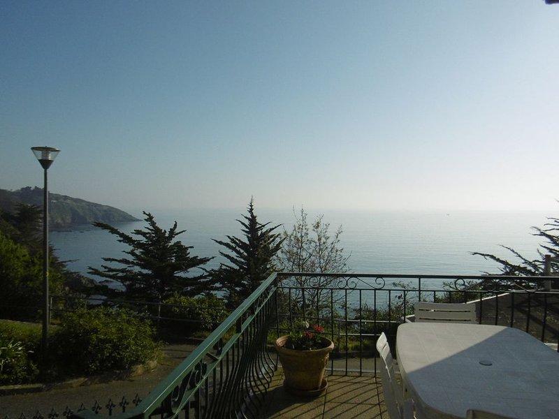 Location coup de coeur avec vue imprenable sur la plage de l'Avant-Port, casa vacanza a Pordic