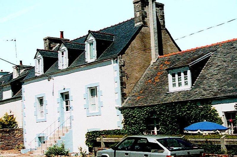 Haus in Locquirec,familienfreundlich,strandnah,Meerblick,free Wifi,bis 6 Pers., alquiler vacacional en Locquirec