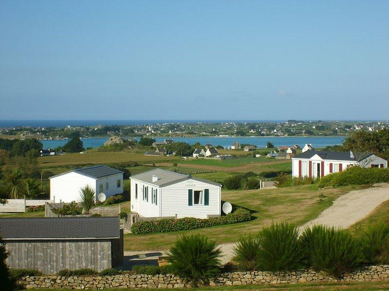 Les terrasses de la baie : ' entre terre et mer ', casa vacanza a Lanhouarneau