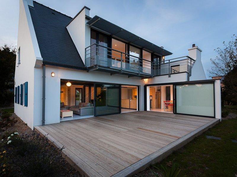 Maison spacieuse, lumineuse, entre charme et modernité, casa vacanza a Pleumeur Bodou
