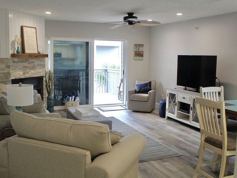 Newly Renovated Beach Getaway, vacation rental in Indian Shores