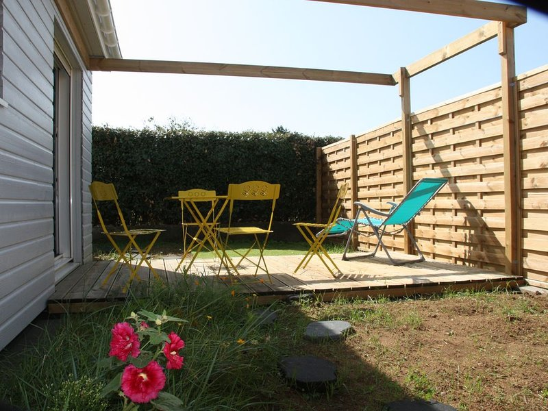 La Chaume Appartement 2 pièces dans maison ossature bois terrasse pergola, holiday rental in L'Ile-d'Olonne
