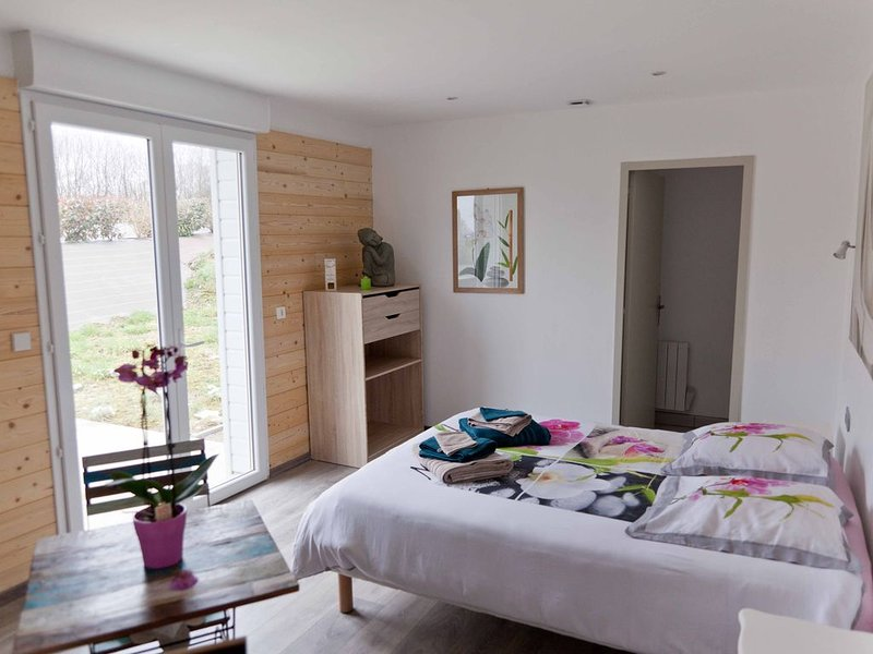 Chambre ZEN - Chambre d'hôtes, holiday rental in Thietreville