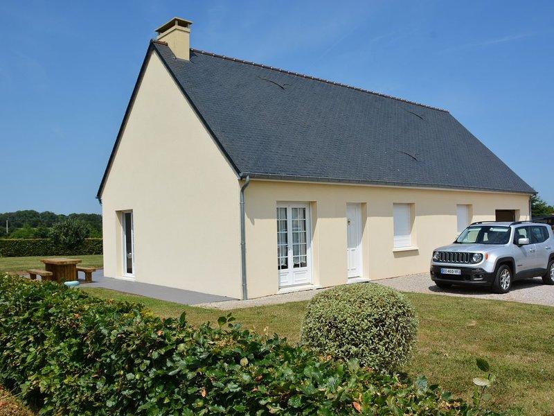 maison de plain pied a 1,5 km de la mer, casa vacanza a Saint-Floxel