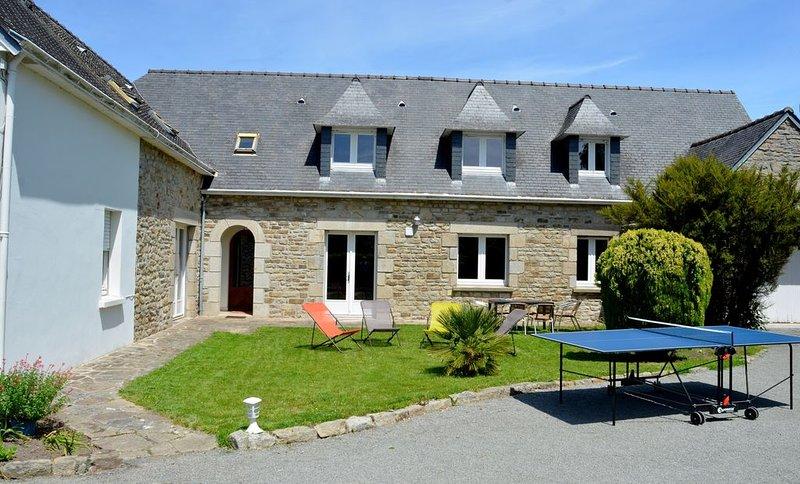 Très belle et grande maison  idéalement située dans l'un des plus beau quartier – semesterbostad i Fouesnant
