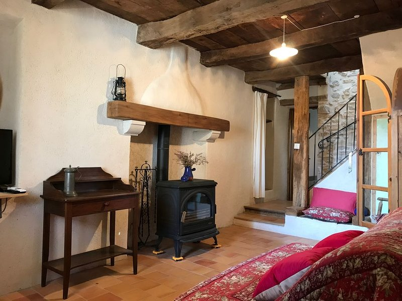 Maison authentique Haute Provence, vakantiewoning in L'Hospitalet