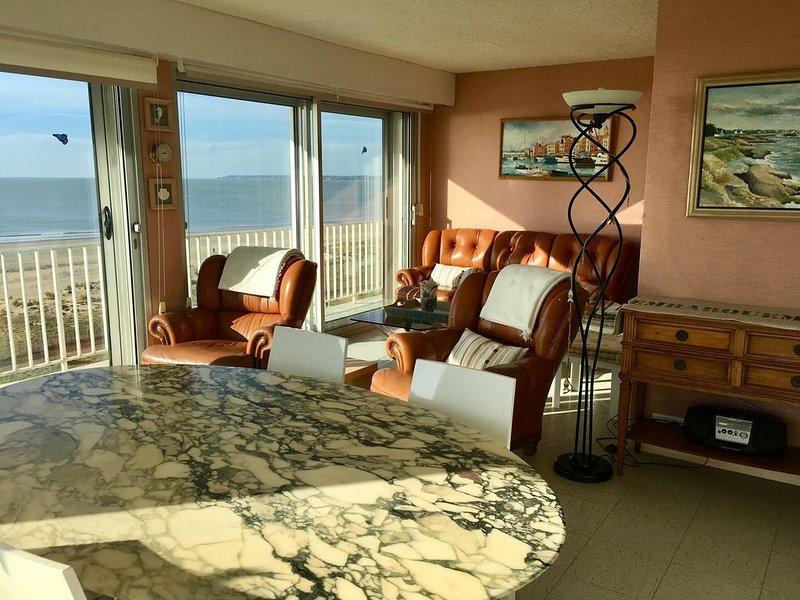 Grand appartement avec vue panoramique sur l'Océan, holiday rental in Saint-Brevin-les-Pins