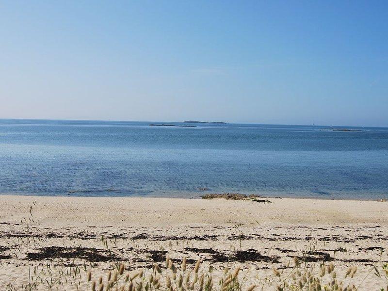 Maison proche des plages, des commerces et du Golfe, vacation rental in Locmariaquer
