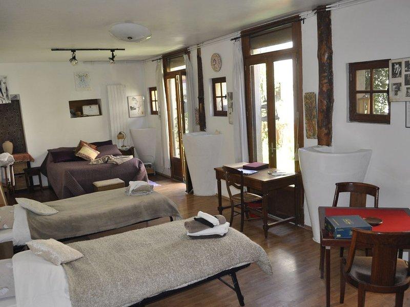 La Résidence d'Art  Joinville-Le-Pont, location de vacances à Saint-Maur-des-Fossés