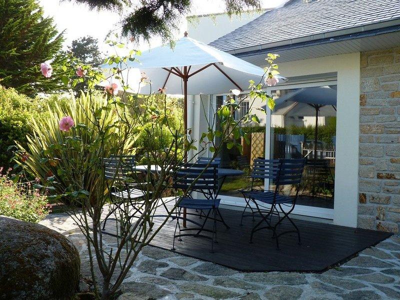 40M de la plage, VILLA BORD DE MER 4*, avec jardin clos, WIFI, holiday rental in Concarneau