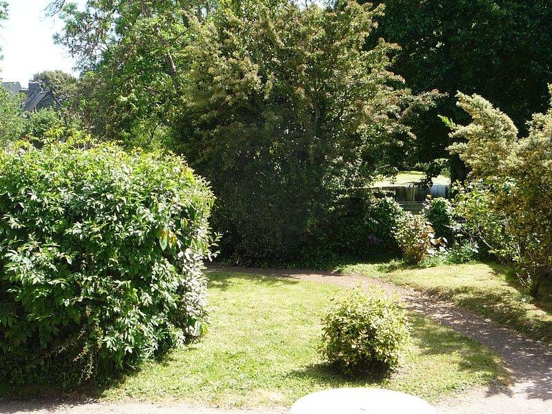 maison de caractère 5 pers. 3 chambres jardin plein sud à 5 mn de la plage, vacation rental in Surtainville