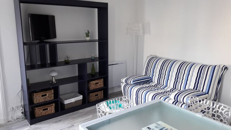Appartement F2 33m quartier Arago centre ville, 200m de la grande plage, location de vacances à Vendée