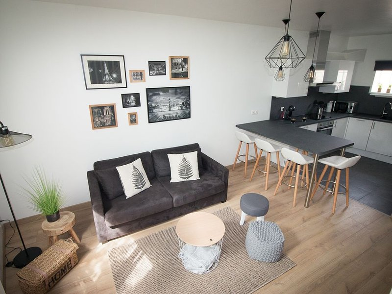 appartement 52 m² en duplex au coeur de Pontoise, vacation rental in Ronquerolles