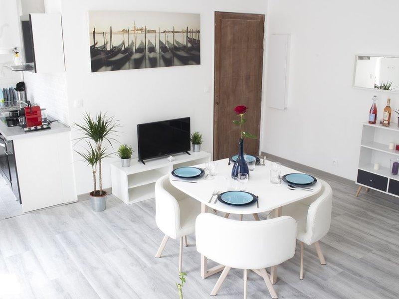 Joli appartement 2 pièces / Disneyland PARIS, casa vacanza a Vaires-sur-Marne