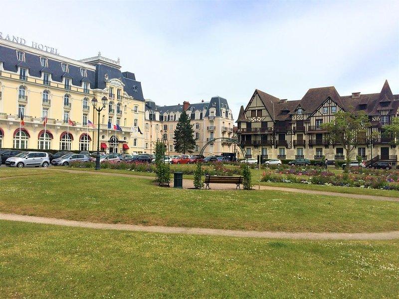 Résidence Le Normandy Home, en face du Grand Hôtel