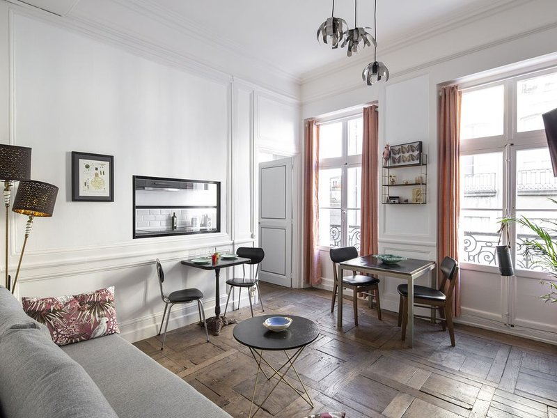 Hanoï - Joli appartement en plein centre, vacation rental in Rennes