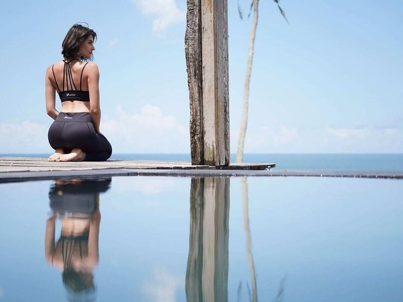 Deluxe Beachfront Villa, Overlooking Balian Surf Break. Amazing Pool, holiday rental in Antap