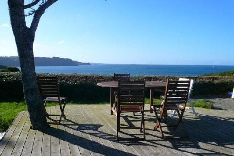 Maison bardée de bois: 180° vue sur la mer, location de vacances à Étables-sur-Mer