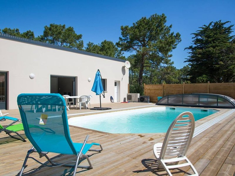 maison avec piscine privée, vacation rental in Saint-Jean-de-Monts