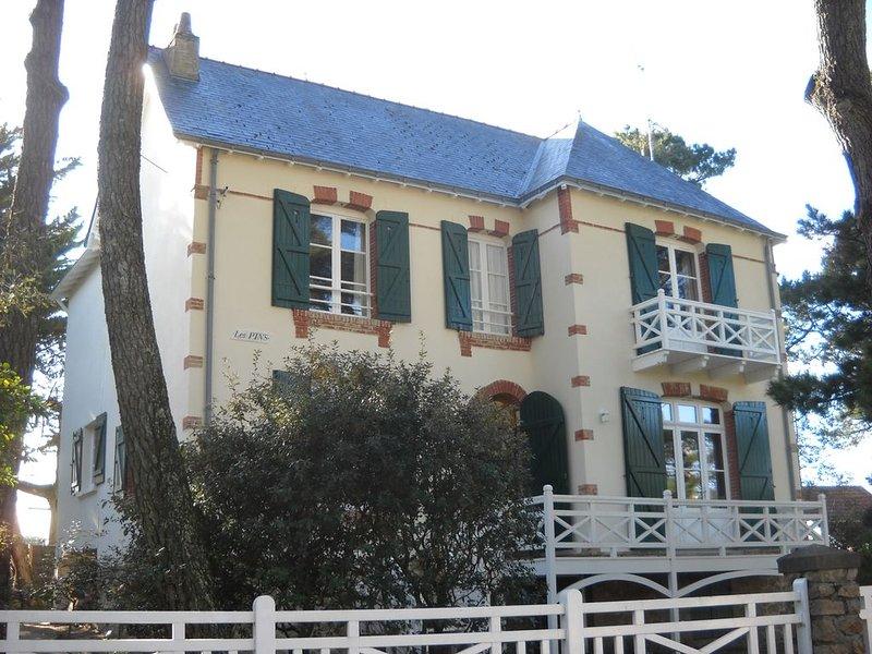 Maison de famille à 200m d'une grande plage surveillée, tous commerces à pied, holiday rental in Saint-Brevin-les-Pins