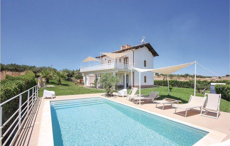 4 Zimmer Unterkunft in Menfi (AG), holiday rental in Porto Palo