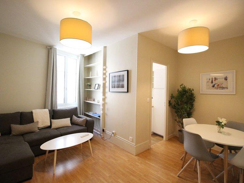 Appartement 2 pièces a 2mn à pied de la plage !!!, holiday rental in Trouville-sur-Mer