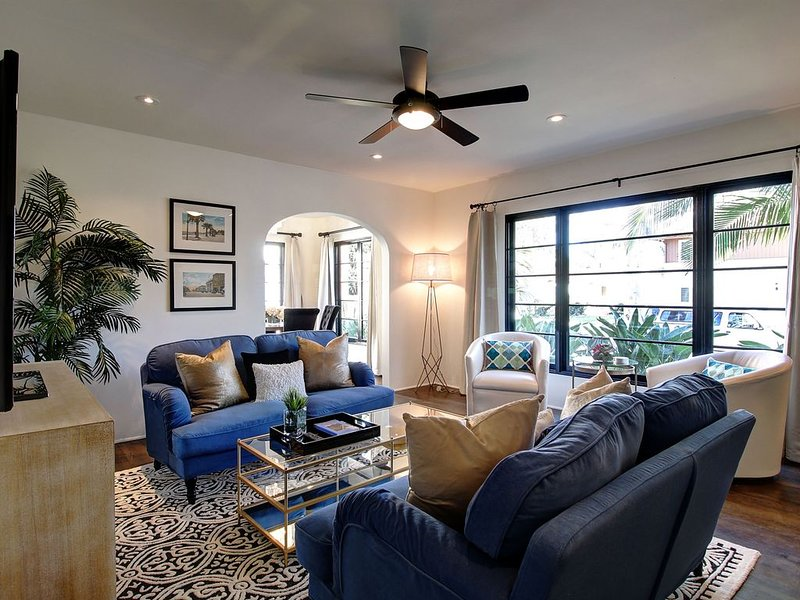 NEW RATES! Heart of West Beach-incredible property, spacious outdoor patio, 2 bl, holiday rental in Santa Barbara