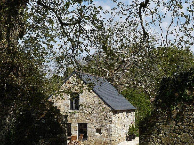 Gîte de caractère**** Manoir de Kerdanet Poullan sur Mer Sud Finistère Bretagne, holiday rental in Poullan-sur-Mer