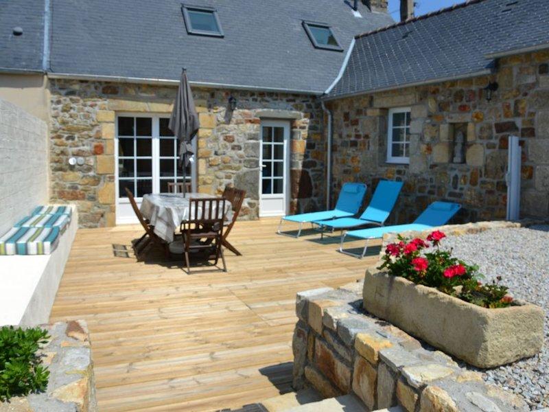 Charmant penty,   vue mer de l'étage, jardin clos, calme, plage 500m, wc séparé, alquiler de vacaciones en Camaret-sur-Mer