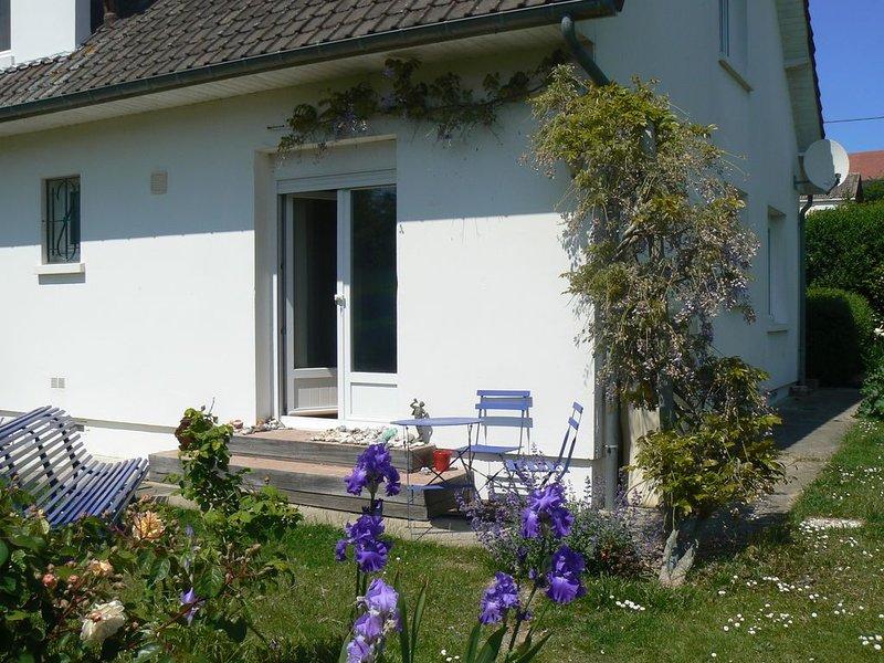Calme, mer et campagne, Ferienwohnung in Mesnil-Val