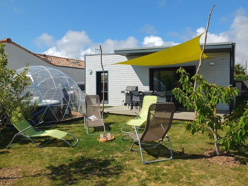 Spacieuse maison moderne 8 pers avec spa couvert proche plage sauvage du Jaunay, location de vacances à Saint-Gilles-Croix-de-Vie