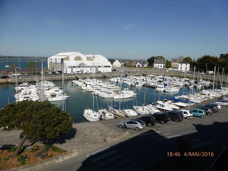 Le Croisic T2 - Vue sur mer et proche de toutes les commodités, location de vacances à Le Croisic