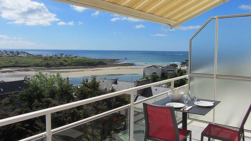 Audierne-Appartement lumineux avec terrasse et vue imprenable sur l'océan - Wifi, alquiler de vacaciones en Audierne