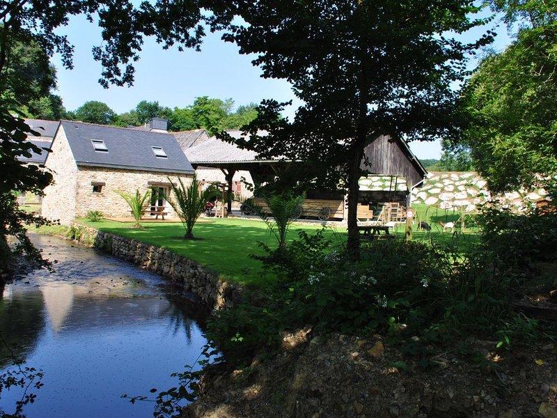 Maison de Charme au Bord de la Rivière, holiday rental in Daoulas