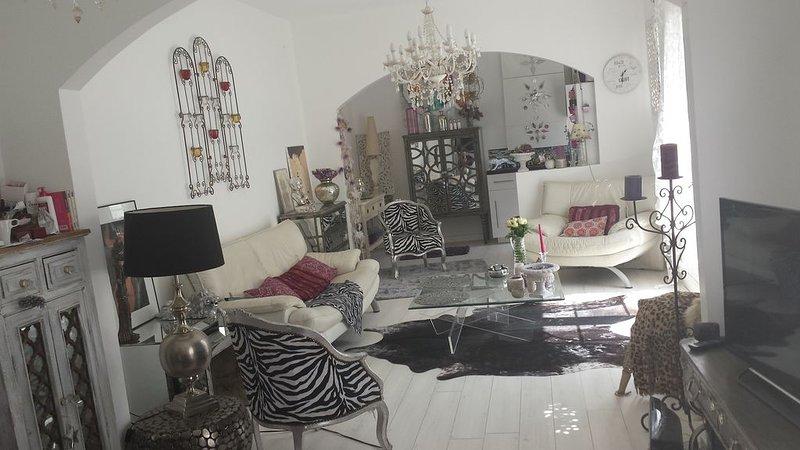 Belle maison bauloise entièrement rénovée  à  5 mn à  pied de la plage, holiday rental in La-Baule-Escoublac